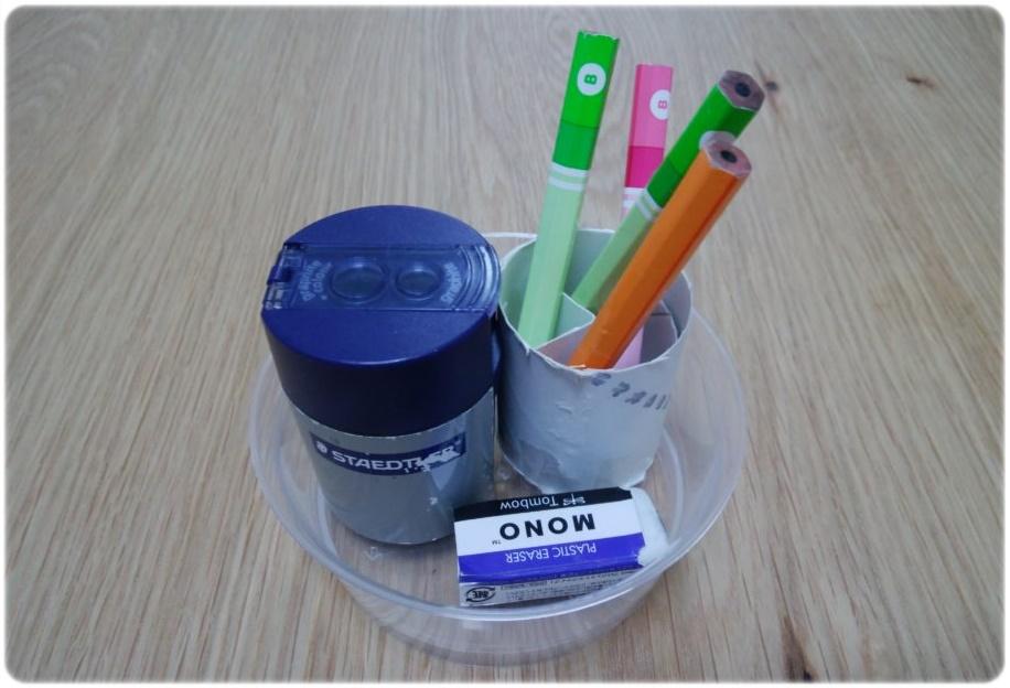 短くなった鉛筆どうする?トイレットペーパーの芯で簡易鉛筆立てを工作!